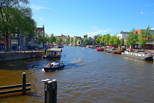 ביקור בהולנד