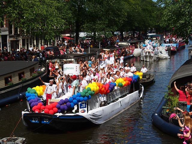 מצעד גאווה אמסטרדם